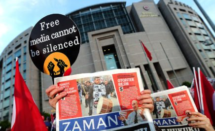A banner in support of free media outside a courthouse in Turkey.