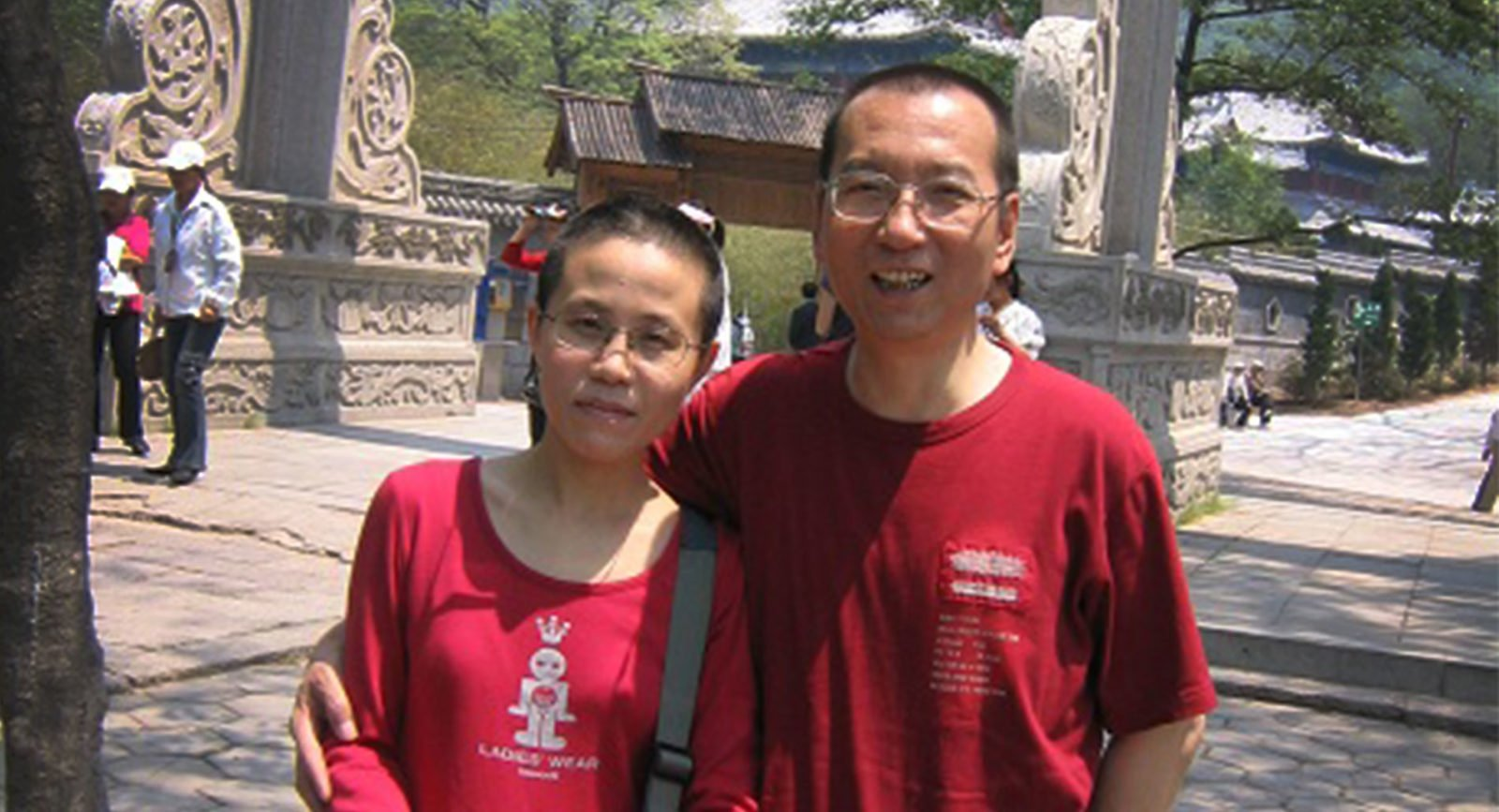 Liu Xia and her husband Liu Xiaobo. © Private