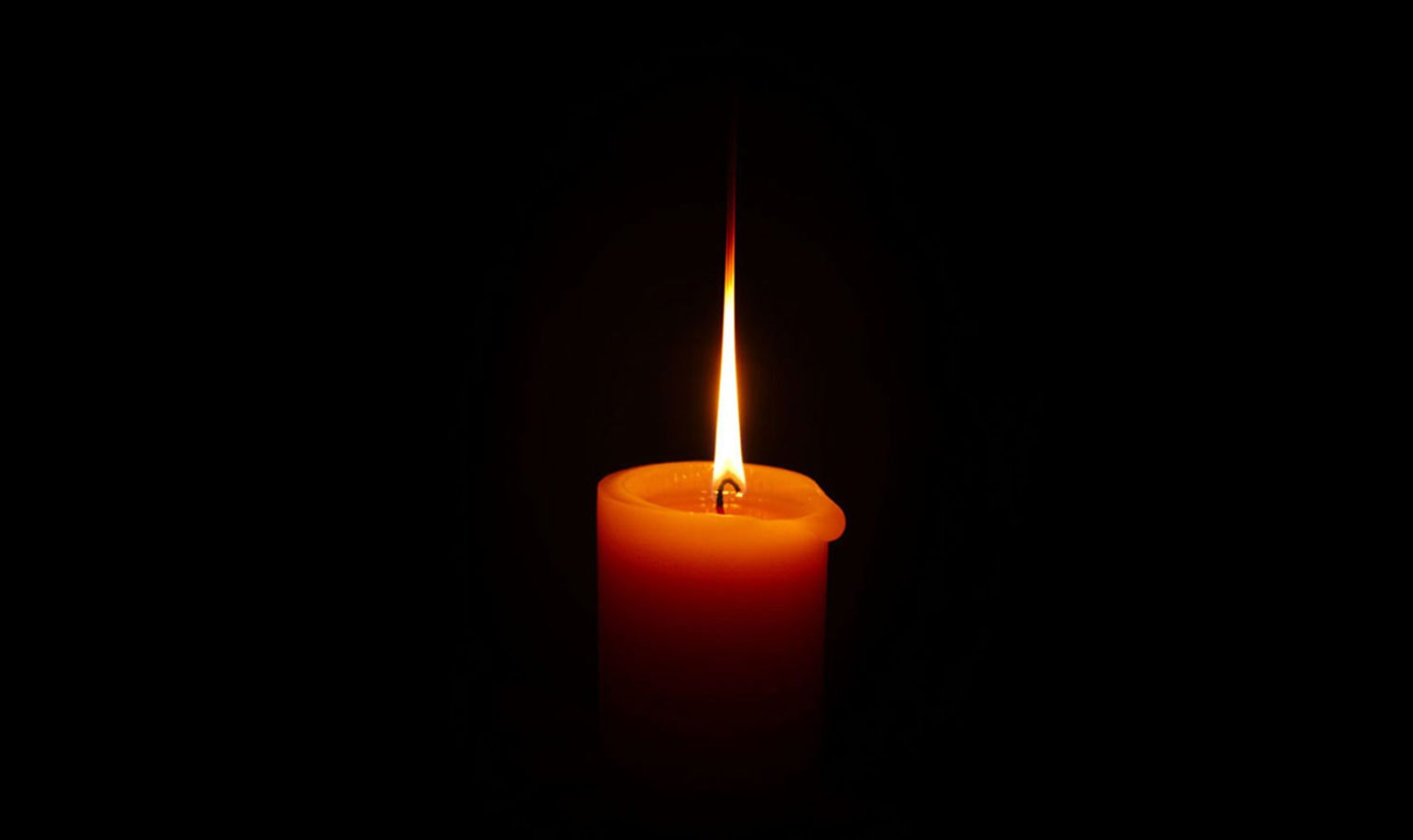 A candle. © Flickr/walrus36