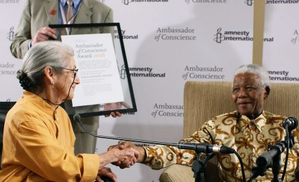Nelson Mandela receiving the Ambassador of Conscience Award in 2006.