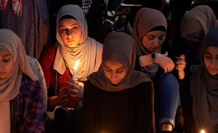 A Candelit Prayer is held outside in Melbourne, Australia, to mourn the victims of the Christchurch terrorist attack. © Jaimi Chisholm/Getty Images